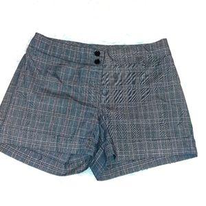 2 for $20🌺MKM plaid shorts